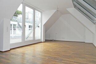 VERKAUFT - Großzügige Dachgeschoss Wohnung mit Terrasse in Ruhelage!