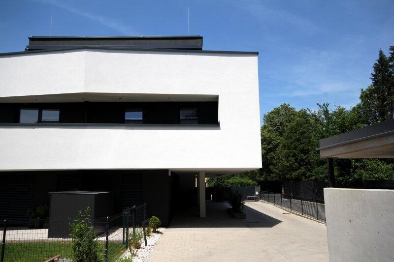 Ausgezeichnete Terrassenwohnung in moderner Luxusausführung