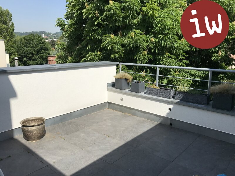 Traumhafte DG Wohnung, repräsentatives Stilhaus, Panoramablick Objekt_392 Bild_96