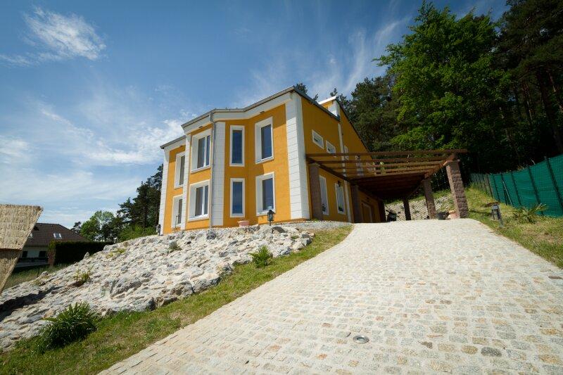 Einzigartiges Haus im Villen-Stil Nähe Wr. Neustadt - Provisionsfrei! /  / 2700Wiener Neustadt / Bild 1
