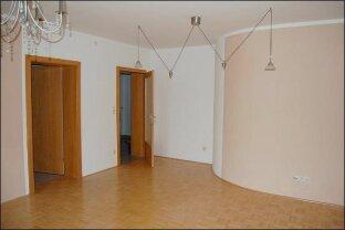 Fürstenfeld: Ebenerdige Wohnung mit Grünbereich