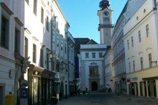 Linz-Altstadt, 84,5 m2 auf 2 Ebenen, komfortable Stilwohnung im barocken Ambiente