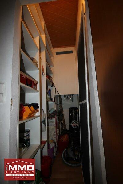 Schöne und gepflegte 3 Zimmer DG-Wohnung mit großer SW-Terrasse und Grünblick! /  / 1230Wien / Bild 2