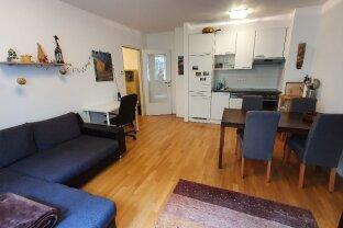 Nähe Schlossquadrat! Möblierte, gut aufgeteilte 2-Zimmer-Wohnung!