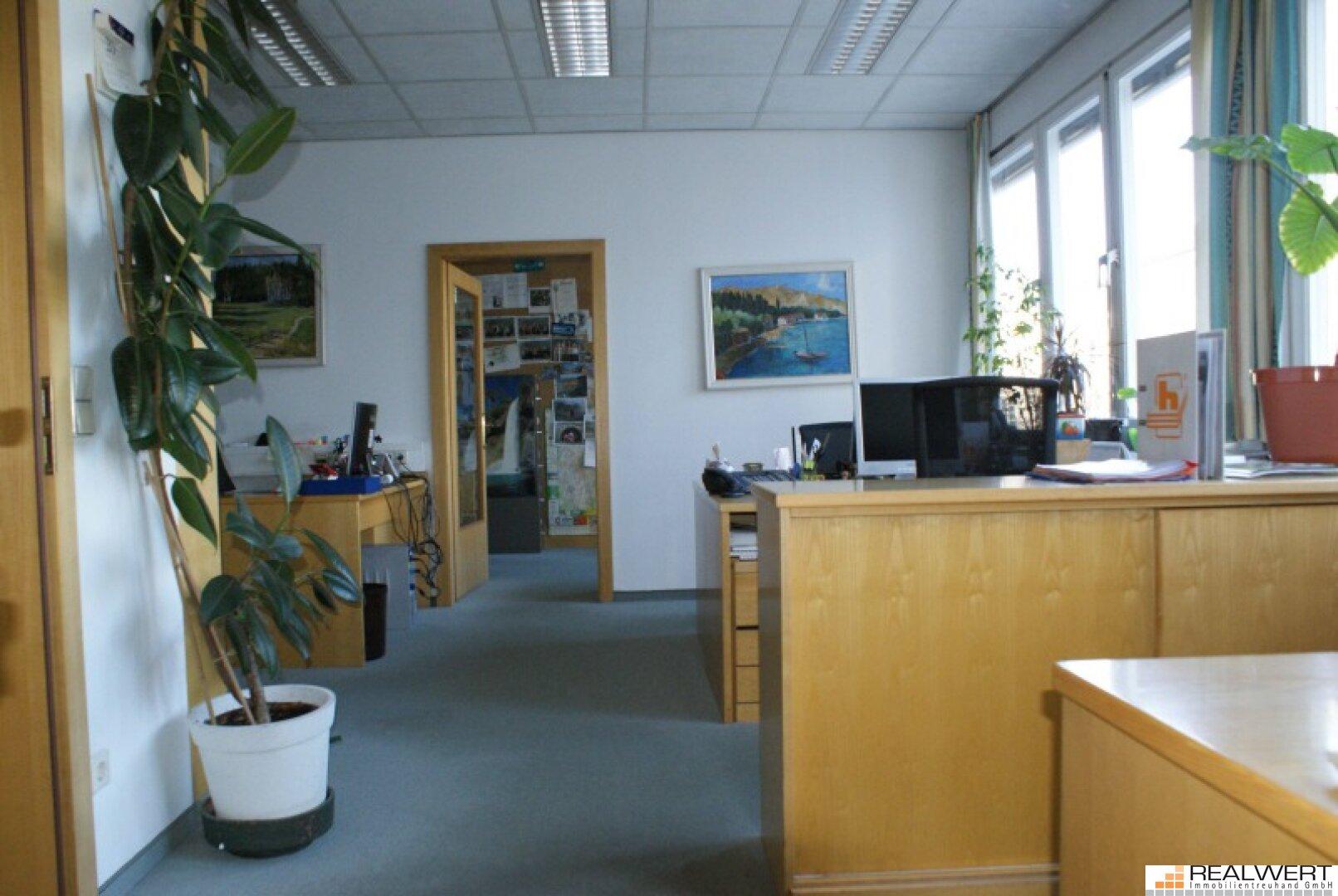 Büroflächen-3.OG