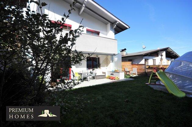 Angerberg_Doppelhaushälfte_Haus-Ansicht_vorne_Richtung Südenosten