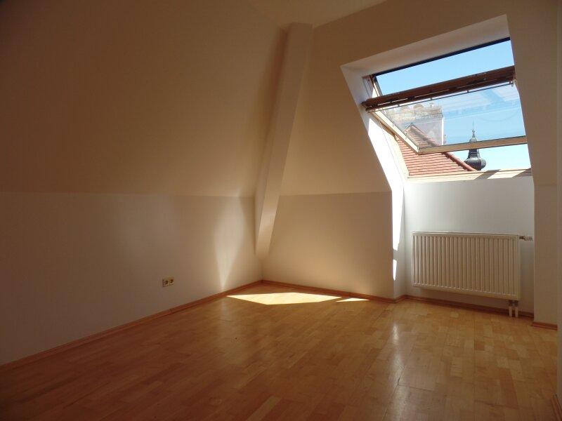 Moderne Wohnung in einer Wohlfühlstadt. Tageslicht von allen Seiten /  / 3100Sankt Pölten / Bild 2