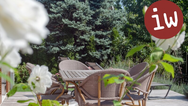 Wunderschöne Familien-Villa in bester Zentrumslage, traumhafter Garten Objekt_645 Bild_31