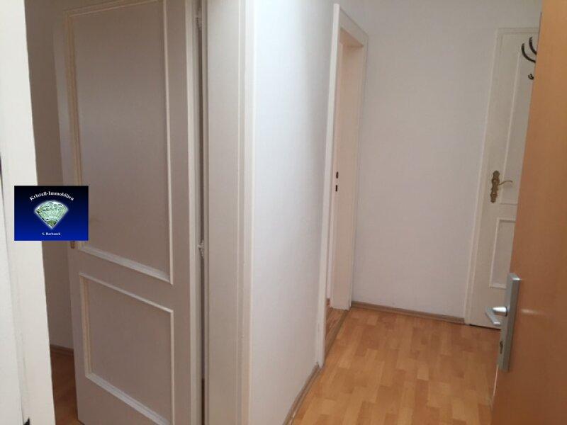 Liebe Wohnung im Dachgeschoss - 012809 /  / 7000Eisenstadt / Bild 4