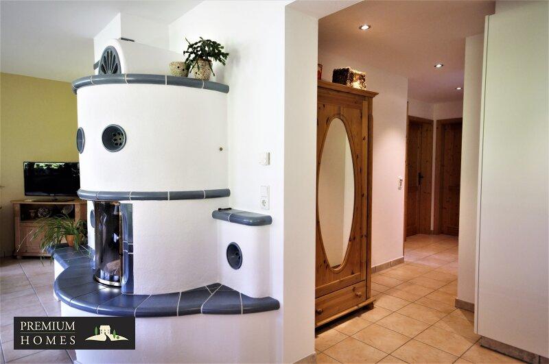 Ellmau - Eigentumswohnung - Flur mit Zugang zu Zimmern