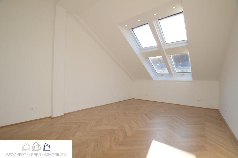 Traumhafte Dachgeschoßwohnung direkt bei der Staatsoper /  / 1010Wien / Bild 7