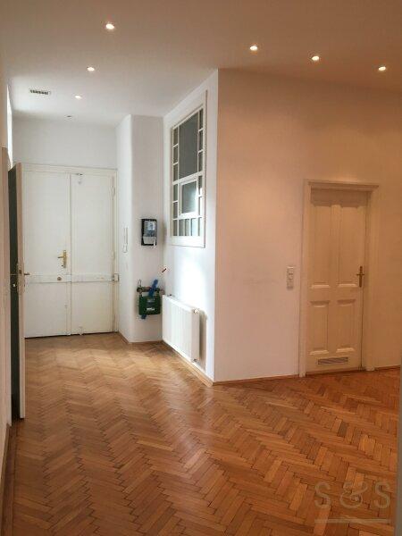 U3 Neubaugasse / schönes Stilhaus / unbefristete 5 Zimmer Wohnung /  / 1070Wien / Bild 7