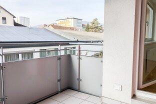 Sehr ruhige, top ausgestattete 2 Zimmer-Wohnung mit S/W Balkon