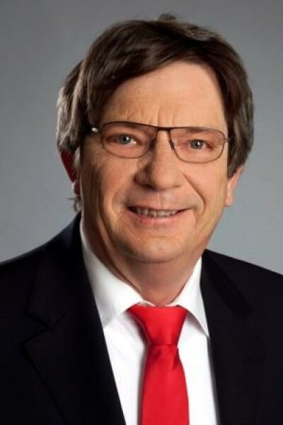 Herr Max Elsner