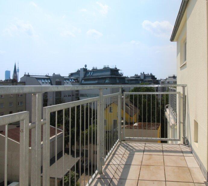 Entzückende kleine Terrassenwohnung zum kleinen Preis!