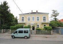 Beeindruckende Villa - ideal für eine große Familie und für Anleger!