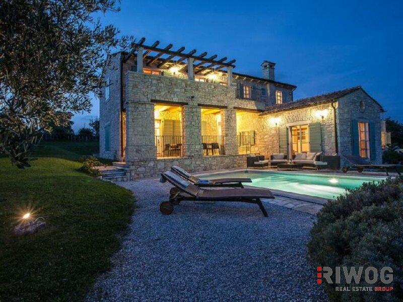 +++Tolles Steinhaus mit wunderschönen Blick auf die Berge+++ /  / 52420Buzet und Motovun / Bild 0