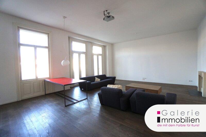 Westbahnstrasse - hofseitiger Stilaltbau mit Balkon und Garage im Haus Objekt_35158 Bild_262