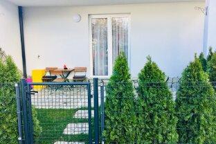 Terrassenhit mit kleinem Garten für Familien