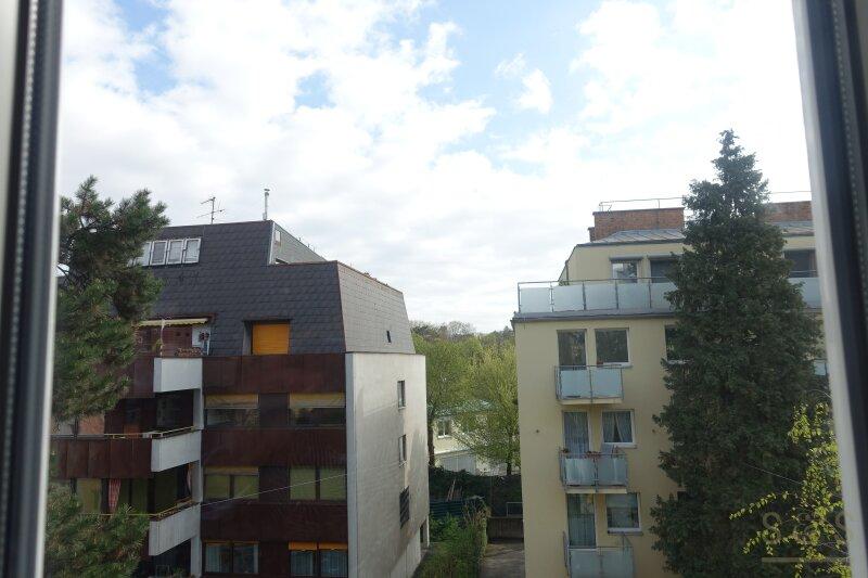 Türkenschanzpark / unbefristete helle 85 m²  Hauptmiete / Stilhaus /2, 5 Zimmer