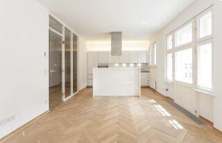Top renovierte 4-Zimmer-Wohnung mit 3 Balkonen - Photo 2