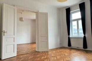 Großzügige & helle 2 Zimmer Wohnung   U-Bahn Nähe   Einbauküche