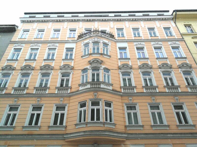 RUHIGER und HELLER  ERSTBEZUG - 1080 Wien - 3 Zimmer - DESIGNERKÜCHE - U-Bahn Nähe - SMARTHOME - ALLE ZIMMER HOFSEITIG /  / 1080Wien / Bild 12