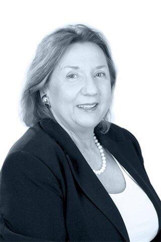 MMag. Karin Bolesch