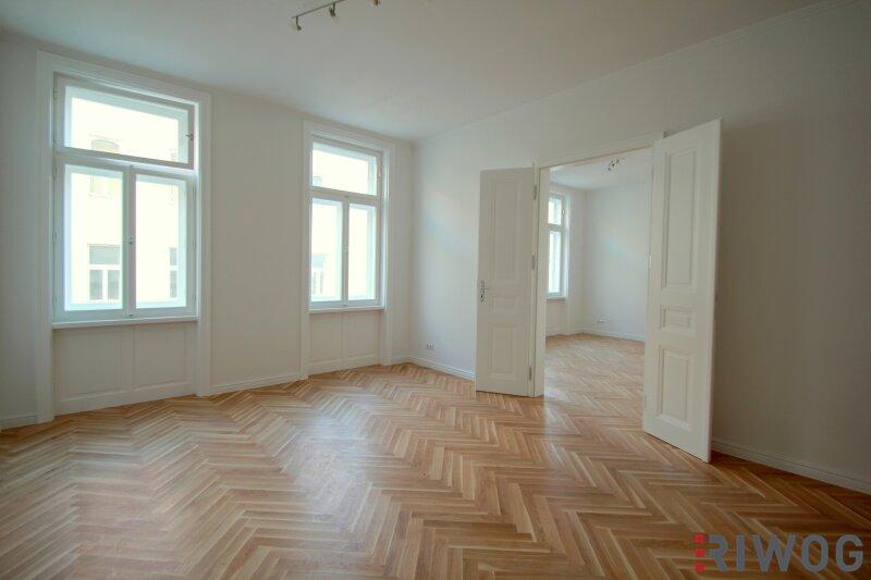 STILVOLL & EXKLUSIV beim Kutschker Markt - Charmante 2-Zimmer Altbauwohnung (3. Stock) mit hochwertiger Ausstattung in absoluter Top-Lage in Währing (Top 24)