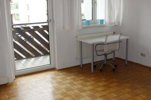 Zentrale 2 Zimmer Wohnung in der Franz Fischer Straße 17a ab sofort zu mieten !!!