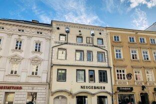 Sehr gepflegte Altbauwohnung direkt am Stadtplatz von Wels!