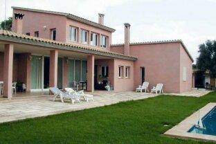 10 Hektar-Anwesen mit edler Finca in bester Lage