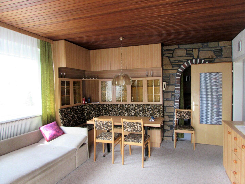 Haus mit zwei Küchen, zwei Bädern und zwei WC