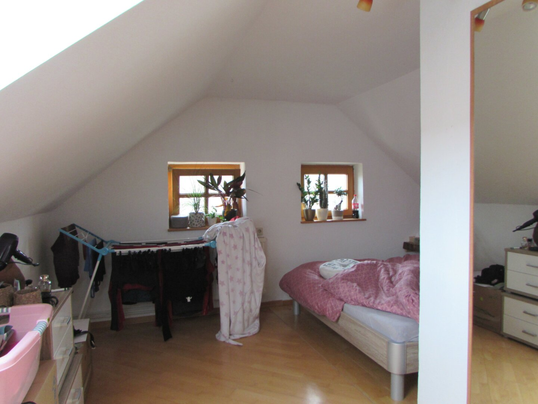 Wohnzimmer,Schlafzimmer und Kochnische