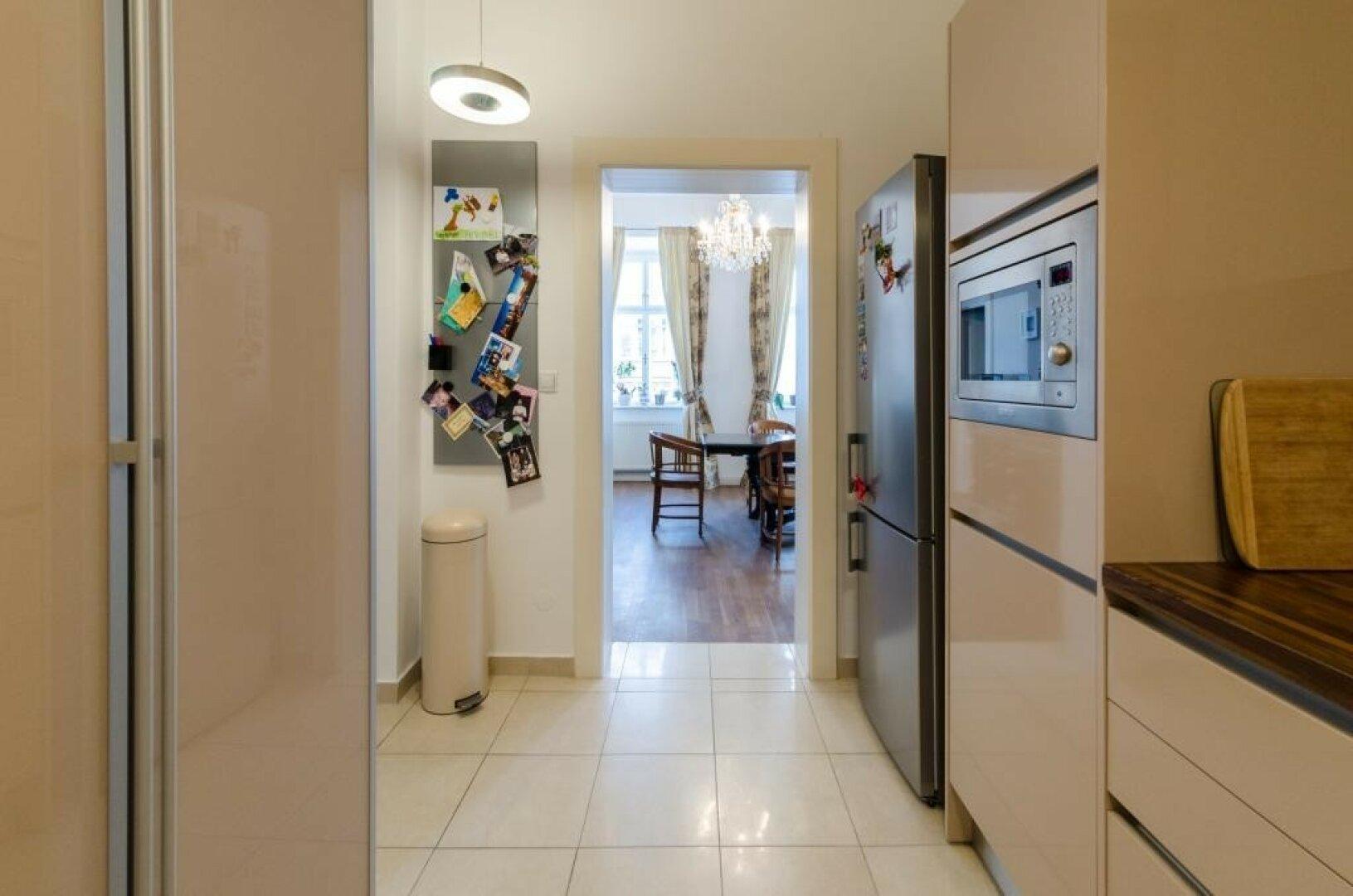 Küche Richtung Wohnsalon