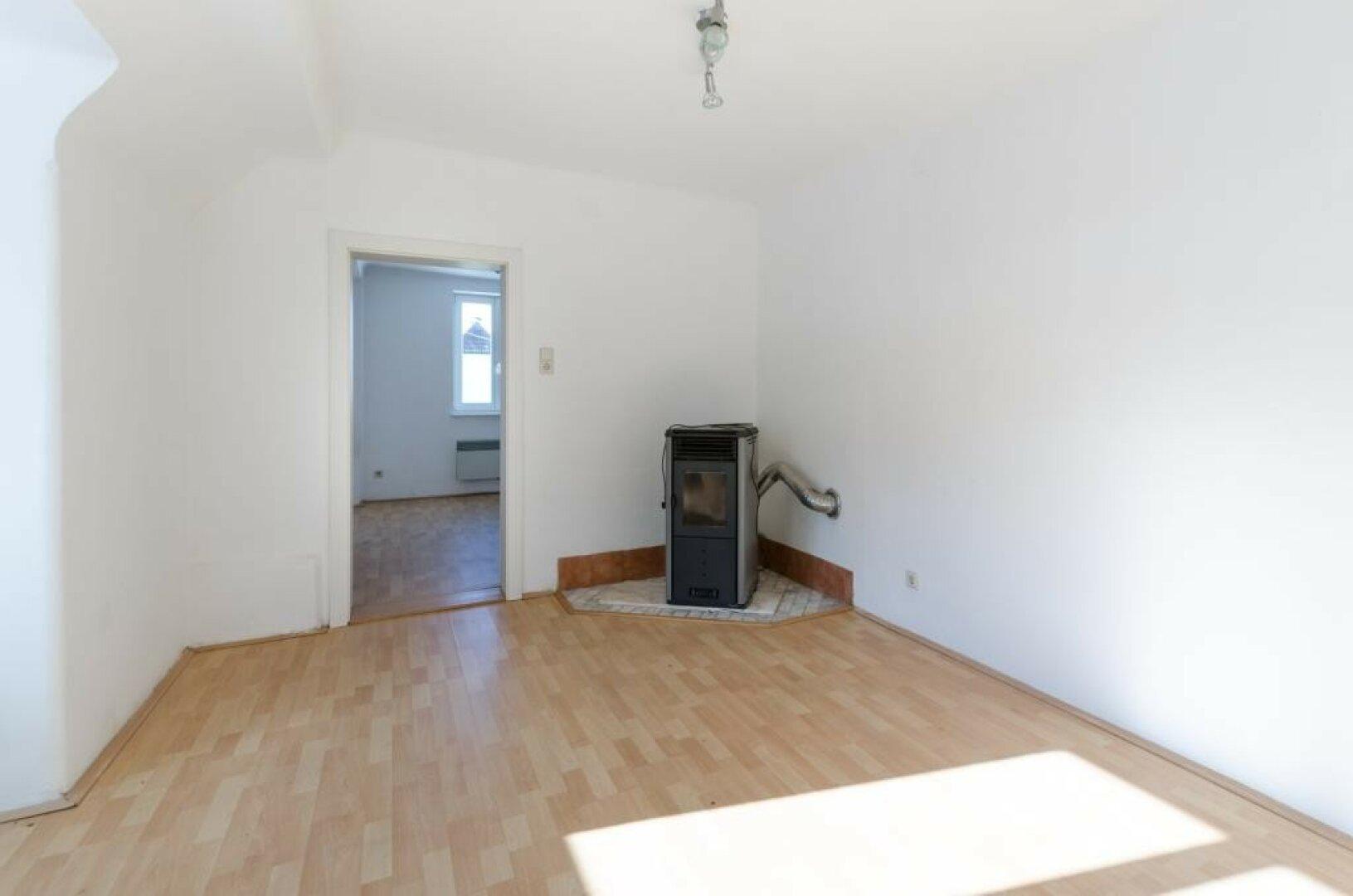 Zimmer 3 und 4 obere Wohnung