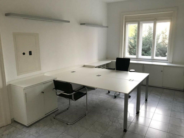 Büro (mit Tresor) für 1 oder 2 Mitarbeiter