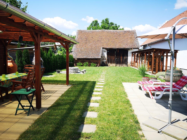 Garten und Scheune