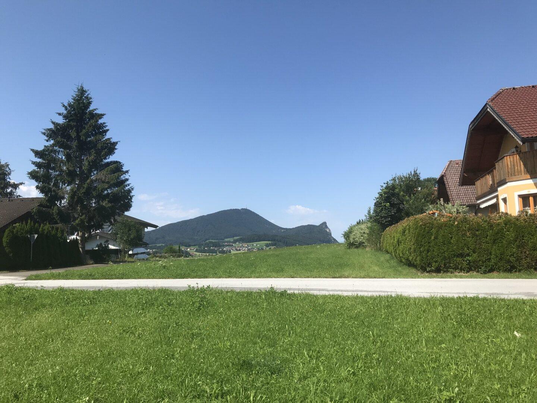 Im Westen mit Blick auf den Salzburger Hausberg, dem Gaisberg