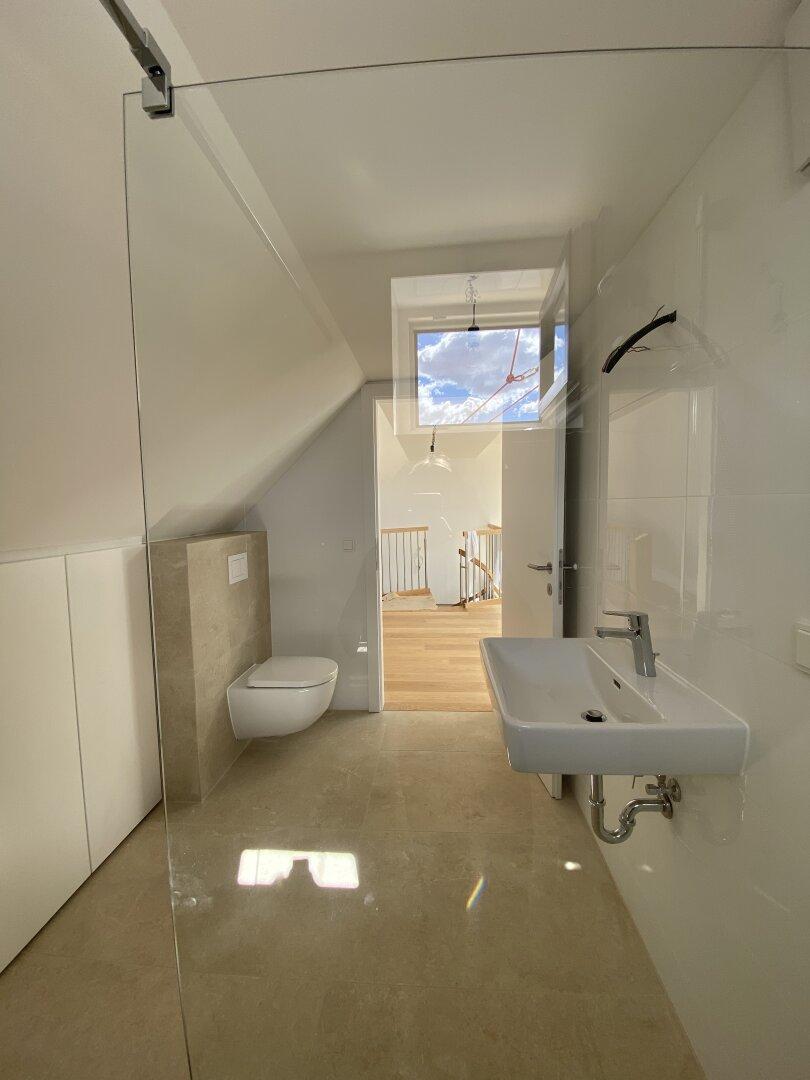 2. OG Badezimmer