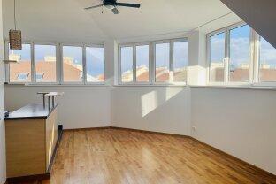 Rooftop Appartement mit großzügiger Terrasse und Stadtblick - Märzstraße