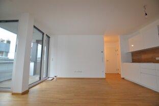 Charmante 2-Zimmer Wohnung mit Loggia, einen Steinwurf vom Kaiserwasser entfernt