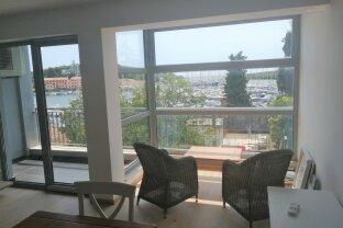 Exklusive Neubau-Wohnung im Zentrum von  Vrsar - direkt am Meer