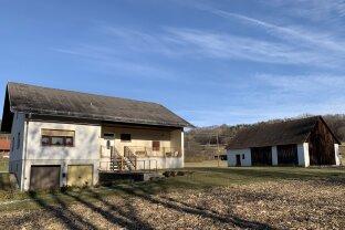 --reserviert-- ** STAY POSITIV ** Neustift b.GS !!  Landhaus mit ca. 130 m2 Wfl. in ruhiger Dorfrandlage !! Ca. 3.900 m2 Eigengrund !!