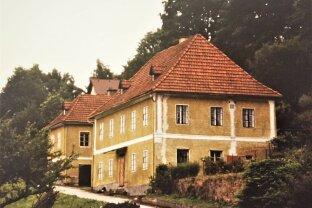 Altes Herrenhaus zum Generalsanieren im Bezirk Gmünd