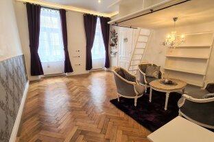 Schmuckstück: Zwei-Zimmer-Altbau-Wohnung mit Hochbetten
