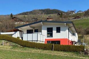 Neuwertiges Wohnhaus mit Einliegerwohnung/Büro/Praxis in sonniger Aussichtslage