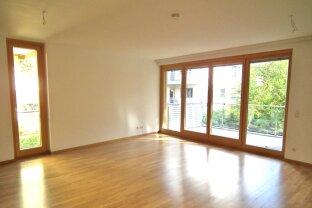 Wohnen in Grünruhelage: 3 Zimmer mit Balkon!