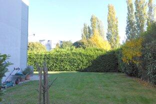 Ruhig, gemütlich, eigener Garten - Anlage mit Pool.