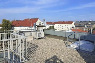 Traum-Dachgeschoss 4-Zimmer Wohnung mit Terrassen (73m2 Fläche!); 1100 Wien